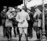 Guerre 1914-1918. De gauche à droite: le général Foch, le maréchal britannique Haig, Georges Clemenceau et le général Weygand. Amiens (Somme). 1918.      © Albert Harlingue / Roger-Viollet