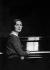 Germaine Tailleferre (1892-1983), compositeur français. 1931. © Boris Lipnitzki / Roger-Viollet