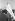 """Marche pour les droits civiques. Homme portant une bannière indiquant : """"Liberté en 63"""". Washington D.C. (Etats-Unis), 28 août 1963. © 1963 Ivan Massar/Take Stock"""