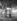 Boulevard de Clichy, la nuit. Un kiosque à journaux. Paris (IXème arr.). Photographie de René Giton dit René-Jacques (1908-2003). Bibliothèque historique de la Ville de Paris. © René-Jacques/BHVP/Roger-Viollet
