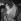 """Robert Hirsch (né en 1925), comédien français, en Pierrot dans sa loge du théâtre Edouard VII lors de la représentation de """"Debureau"""" de Sacha Guitry. Paris, décembre 1980.   © Kathleen Blumenfeld/Roger-Viollet"""