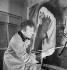Marc Chagall (1887-1985), peintre français d'origine russe. France, août 1934. © Boris Lipnitzki/Roger-Viollet