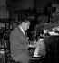 Henri Salvador (1917-2008), chanteur français. Paris, 7 octobre 1950.    © Roger Berson/Roger-Viollet