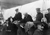 Le comte Ferdinand von Zeppelin (1838-1917), militaire et ingénieur allemand, constructeur de dirigeables, et Franz Adickes, maire de Francfort (Allemagne), lors de l'Exposition internationale de locomotion aérienne. 1909. © Ullstein Bild / Roger-Viollet