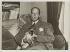 Pierre Drieu La Rochelle (1893-1945), écrivain français, dans son appartement de l'île Saint-Louis. Paris, vers 1930.  © Albert Harlingue/Roger-Viollet