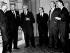 Lauréats des prix Nobel : Maurice Wilkins (scientifique anglais), John Steinbeck (écrivain américain), John Kendrew (scientifique anglais), Max Perutz (scientifique anglais), Francis Crick (biologiste anglais) et James Watson (biologiste américain). Stockholm, 10 décembre 1962. © TopFoto / Roger-Viollet