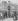Distributeur automatique Schloesing de boissons chaudes avec fontaine pour rincer les verres. Paris, place de la République. Gravure de Tilly d'après un dessin d'Henri Meyer (décembre 1889).      © Roger-Viollet