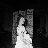 """Claudia Cardinale (née en 1938), actrice italienne, pendant le tournage d'""""Austerlitz"""" d'Abel Gance. France, 1960. © Alain Adler / Roger-Viollet"""