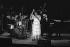 Festival de Jazz de Montreux. Ella Fitzgerald, chanteuse, accompagnée du Tommy Flanagan trio. Bobby Durham, batteur, Ketter Betts, contrebassiste et Tommy Flanagan, pianiste. Montreux (Suisse), 1977. © Gérard Amsellem/Roger-Viollet