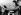 Edith Piaf (1915-1963), chanteuse française, au piano. Années 1940.    © Ullstein Bild/Roger-Viollet