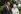 La reine Elisabeth II (née en 1926) et son époux, le prince Philip (né en 1921), duc d'Édimbourg, célébrant leur noces de diamant. Broadlands (Québec), 18-20 novembre 2007.  © Tim Graham / TopFoto / Roger-Viollet