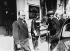 Guerre 1939-1945. Pierre Laval arrivant à l'hôtel du Parc, à Vichy, pour y être reçu par le maréchal Pétain et l'amiral Darlan en vue de constituer un nouveau gouvernement. 16 avril 1942. © Roger-Viollet