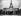 Exposition internationale de 1937, à Paris. Les premiers visiteurs.    © Roger-Viollet
