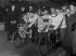 Départ de Six Jours de Paris au Vel' d'Hiv'. Léon Georgel et Lucien Petit-Breton. Janvier 1913. © Maurice-Louis Branger/Roger-Viollet