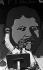 Oliver Tambo (1917-1993), homme politique sud-africain et président du Congrès National Africain (ANC), prononçant un discours lors d'un rassemblement pour la libération de Nelson Mandela. Afrique du Sud, 1988. © PA Archive/Roger-Viollet