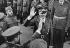 Guerre 1939-1945. Adolf Hitler (1889-1945), homme d'Etat allemand, et Francisco Franco (1892-1975), général et homme d'Etat espagnol. Gare d'Hendaye (Pyrénées-Atlantiques), 23 octobre 1940. © Ullstein Bild / Roger-Viollet
