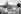 """Guerre des Malouines. Soldats se relaxant à bord du """"HMS Hermes"""", 18 avril 1982. © Martin Cleaver/PA Archive/Roger-Viollet"""