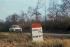 Borne kilométrique près d'Ozoir-la-Ferrière (Seine-et-Marne). © Pierre Jahan/Roger-Viollet