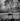 Monde paysan. La moisson. Saint-Martin-en-Vercors (Drôme), 1952. Photographie de Jean Marquis (né en 1926). © Jean Marquis/Roger-Viollet