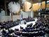 55ème anniversaire de la libération du camp de concentration d'Auschwitz. Vue de la salle du Reichstag. Discours d'Elie Wiesel (1928-2016), écrivain américain d'origine roumaine, et prix Nobel de la paix. Berlin (Allemagne), 27 janvier 2000. © Ullstein Bild/Roger-Viollet