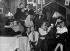"""""""Le Monocle"""", cabaret spécial pour femmes, à Montmartre. Paris (XVIIIème arr.), vers 1930. © Collection Roger-Viollet / Roger-Viollet"""
