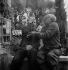 Pablo Picasso et Jacques Prévert.  Cannes (Alpes-Maritimes), avril 1951. © Boris Lipnitzki/Studio Lipnitzki/Roger-Viollet