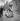 Fin de la guerre d'Espagne (1936-1939). Civils se réfugiant en France, février 1939. © Gaston Paris / Roger-Viollet