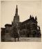 Portrait de Missak Manouchian (1906-1944), poète, journaliste, syndicaliste, résistant arménien, en tenue de soldat. © Archives Manouchian / Roger-Viollet