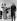 La princesse Elisabeth d'Angleterre (née en 1926) et son époux le prince Philip (né en 1921), lors d'une tournée au Canada. Windsor (Ontario, Canada), 25 octobre 1951. © PA Archive / Roger-Viollet