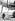 Jeunes enfants partant en vacances en Suisse. Angleterre, vers 1935. © Imagno/Roger-Viollet