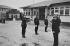 Élèves-gardiens de la Paix. École Nationale de Police de Vincennes (Val-de-Marne), 1982. Photographie de Janine Niepce (1921-2007). © Janine Niepce / Roger-Viollet