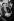 Martin Luther King (1929-1968), pasteur américain et leader pour les droits civiques, s'entretenant avec le révérend Fred Shuttlesworth (1922-2011), après un attentat à la bombe du Ku Klux Klan dans une église baptiste. Birmingham (Alabama, Etats-Unis), 15 septembre 1963. © 1976 Matt Herron / Take Stock
