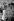 """Michel Legrand (1932-2019), musicien, compositeur, pianiste de jazz et chanteur français, pendant le tournage du film de Jacques Demy """"Les Demoiselles de Rochefort"""", 1966. Photographie de Georges Kelaïditès (1932-2015). © Georges Kelaïditès / Roger-Viollet"""