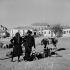 Ciudad Rodrigo (Espagne). Scène de marché. 1952. © Roger-Viollet