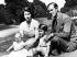 Famille royale britannique. La princesse Elisabeth (née en 1926), son époux Philip (né en 1921), Charles (né en 1948), et Anne (née en 1950). 15 juillet 1951.  © Ullstein Bild / Roger-Viollet