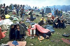 Participants au festival de Woodstock (New York), 1969.  © John Dominis/The Image Works/Roger-Viollet