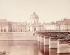 Le pont des Arts et le Palais de l'Institut. Paris (VIème arr.). Photographie d'Achille Quinet (1831-1900). Paris, musée Carnavalet. © Achille Quinet/Musée Carnavalet/Roger-Viollet