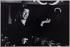 Yves Montand (1921-1991), chanteur et acteur français. 1973. Photographie de Jean Marquis (né en 1926). Bibliothèque historique de la Ville de Paris. © Jean Marquis/BHVP/Roger-Viollet