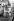 Fidel Castro (1926-2016), homme d'Etat et révolutionnaire cubain, jouant au tennis de table avec des étudiants américains voyageant à Cuba sans autorisation d'état. Varadero (Cuba), 11 octobre 1963. © TopFoto/Roger-Viollet