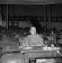 """Albert Camus (1913-1960), écrivain français, lors d'une répétition des """"Possédés"""" de Fiodor Dostoïevski. Paris, Théâtre Antoine, janvier 1959. © Studio Lipnitzki / Roger-Viollet"""