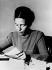 Simone de Beauvoir (1908-1968), écrivain français. France, novembre 1945.     © Collection Harlingue/Roger-Viollet