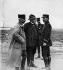 Guerre 1914-1918. Georges Clemenceau (1841-1929), homme politique français, avec le capitaine Delorme (à gauche). © Collection Roger-Viollet / Roger-Viollet
