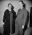 """Albert Camus (1913-1960), écrivain français, et Elvire Popesco (1894-1993), actrice roumaine, lors d'une représentation de """"Caligula"""". Paris, Petit théâtre de Paris, février 1958. © Studio Lipnitzki / Roger-Viollet"""