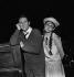 """Jean Rochefort et Christiane Minazzoli dans """"Loin de Rueil"""" de Raymond Queneau. Musique : Maurice Jarre. Paris, T.N.P., novembre 1961. © Studio Lipnitzki/Roger-Viollet"""