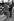 Melina Mercouri (1920-1994), actrice et femme politique grecque, et son mari, Jules Dassin (1911-2008), acteur et cinéaste américain. Londres (Angleterre), Park Lane, mars 1971. © PA Archive / Roger-Viollet