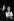 """Federico Fellini (1920-1993), scénariste et réalisateur italien, et la Palme d'or reçue pour la """"Dolce Vita"""". Festival de Cannes, 1960. © Roger-Viollet"""