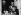 La princesse Grace de Monaco, son époux le prince Rainier III, et leurs enfants Albert et Caroline, au balcon du palais de Monaco (Principauté de Monaco), 1959. © Ullstein Bild / Roger-Viollet
