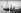 L'arrivée du courrier à la Pointe de l'Ile-de-Bréhat (Côtes-d'Armor), vers 1900. © Neurdein/Roger-Viollet