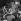 Fidel Castro (1926-2016), homme d'Etat et révolutionnaire cubain, acclamé par des jeunes. Cuba, vers 1960. © Gilberto Ante/Roger-Viollet