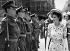 La princesse Elisabeth d'Angleterre (née en 1926), passant des troupes en revue lors de la cérémonie de remise des clés de la ville de Londres (Angleterre), 11 juin 1947. © PA Archive/Roger-Viollet